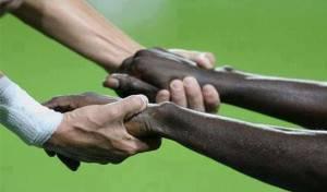 En algunos los campos falta hermanamiento entre razas. / Negra Tinta