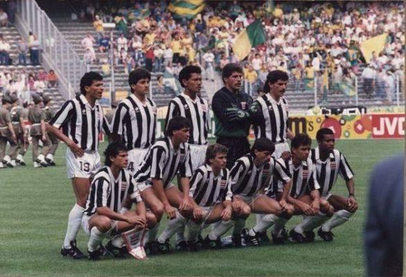 La selección de Costa Rica de 1990.