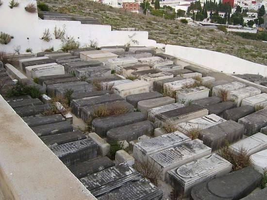 Una sección del cementerio nuevo