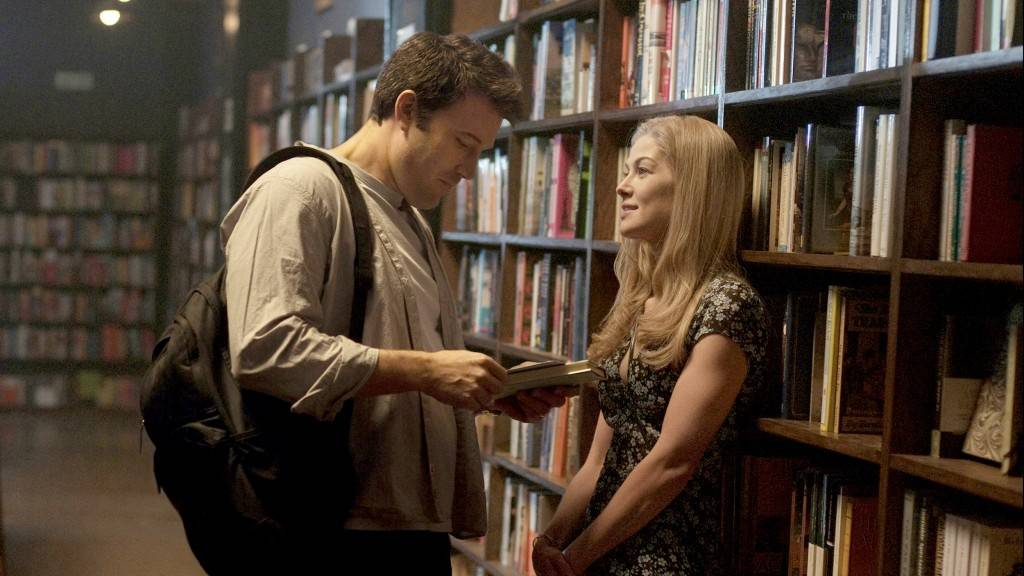 GONE GIRL, from left: Ben Affleck, Rosamund Pike, 2014. ph: Merrick Morton/TM & copyright ©20th
