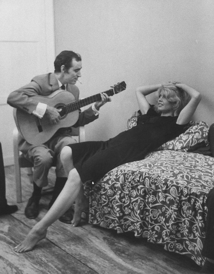 Charles_Aznavour_and_Brigitte_Bardot