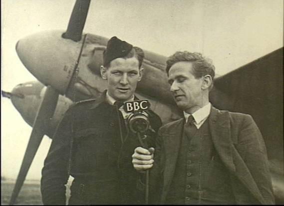 Squadron_Leader_Dunkley_of_464_Squadron_RAAF_France_Mar_1945_P00903.005