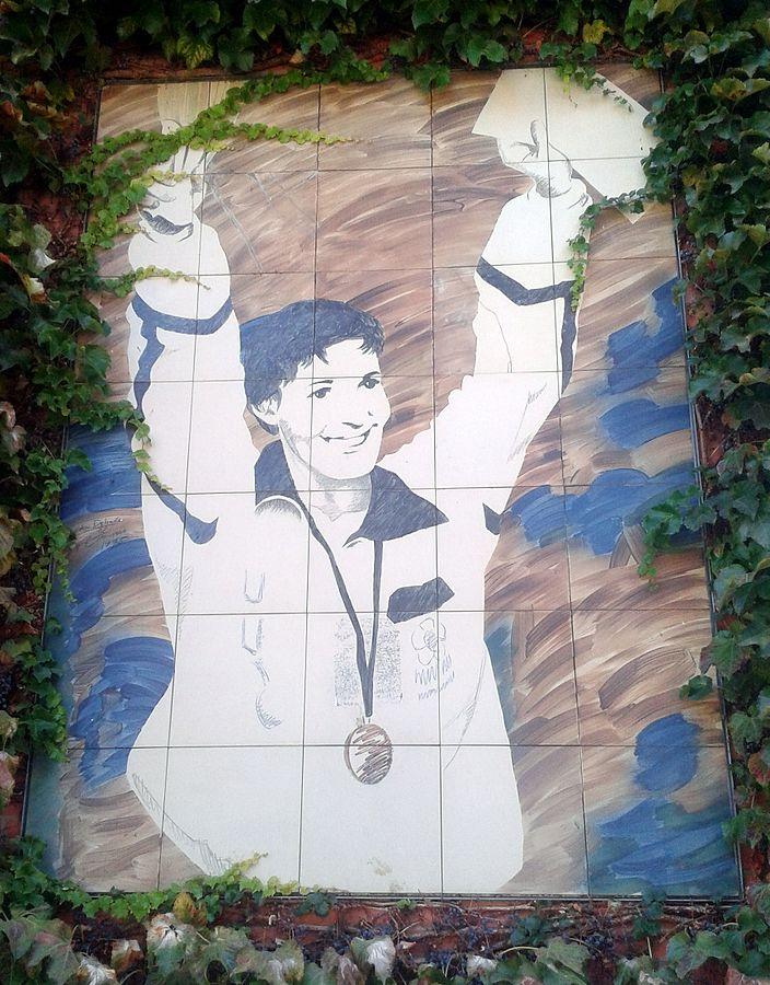 704px-Miriam_Blasco_(mural_en_Valladolid)